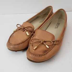 Michael Kors Sutton Moc Moccasin Flats soft Tan 9